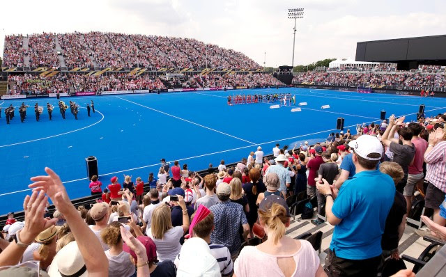 Women's Hockey World Cup: hard hits, goals and big crowds