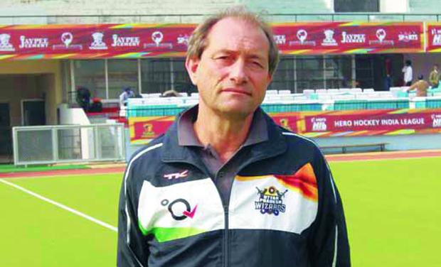 Roelant Oltmans quits as Pakistan men's hockey coach